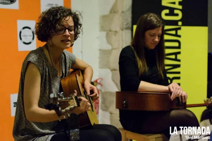 Marta Pérez i Tona Gafarot en cinc cançons