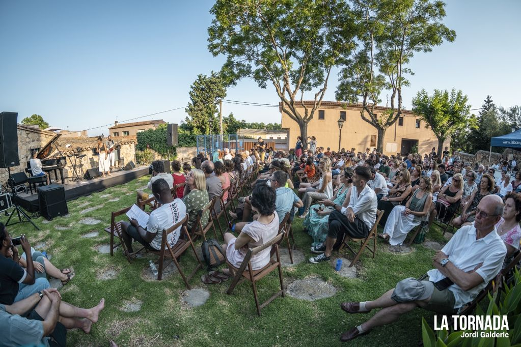 Clara Peya posa punt i final al Propers 2019