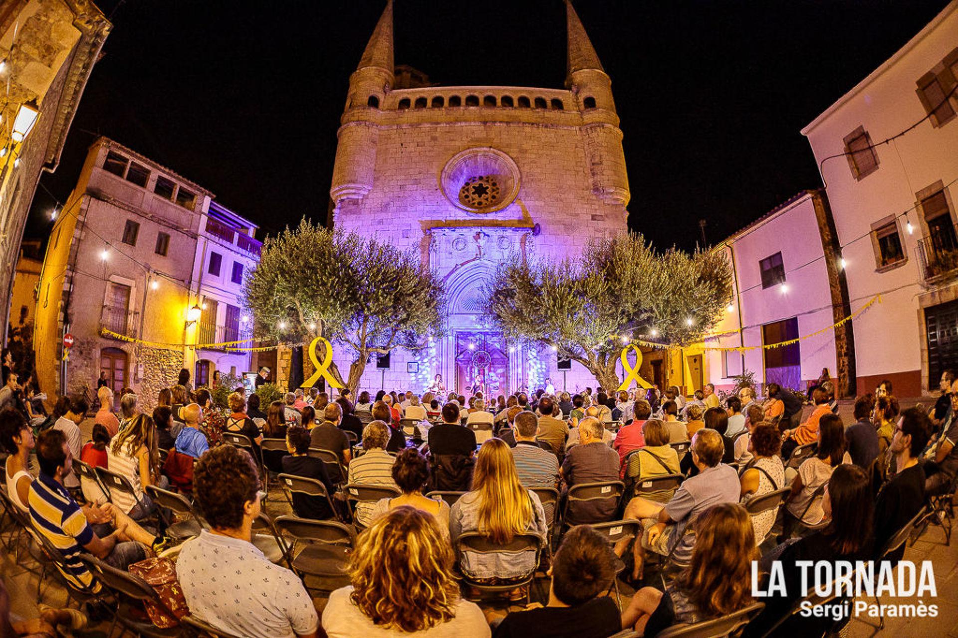 Pi de la Serra, Cesk Freixas i Joina als Concerts de Tornada